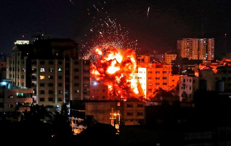 Een explosie in Gaza-stad. Beeld AFP