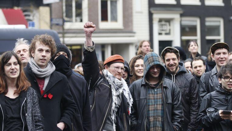 Demonstrerende studenten voor het Maagdenhuis nadat dat werd ontruimd, in april. Beeld anp