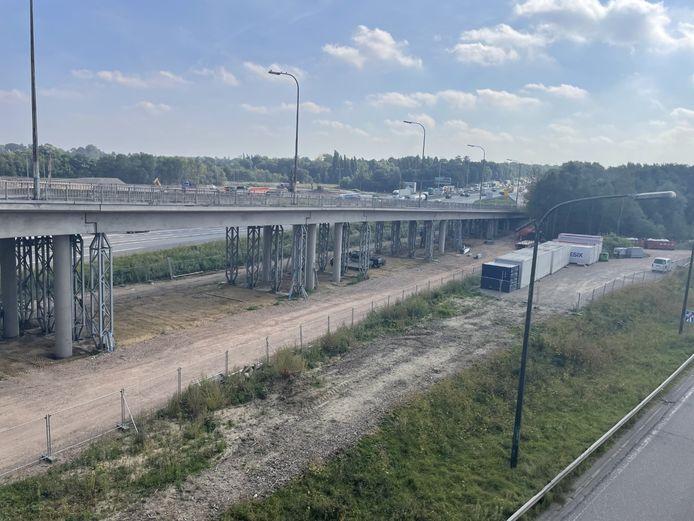 De oprit van de Henneaulaan richting de Brusselse binnenring wordt vanaf maandag afgebroken.