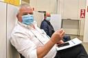 Burgemeester Eddy Lust kreeg woensdag zijn eerste vaccinatie.