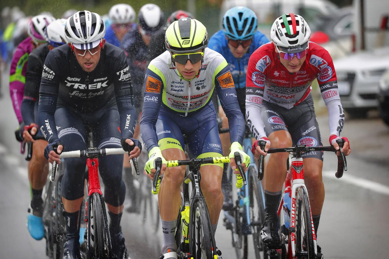 Koen de Kort (l) tijdens de Ronde van Italië.