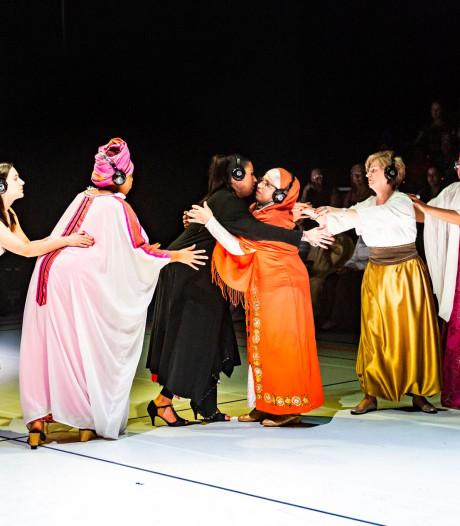 Rotterdamse vrouwen willen meer: met 10.000 'stille heldinnen' het podium op