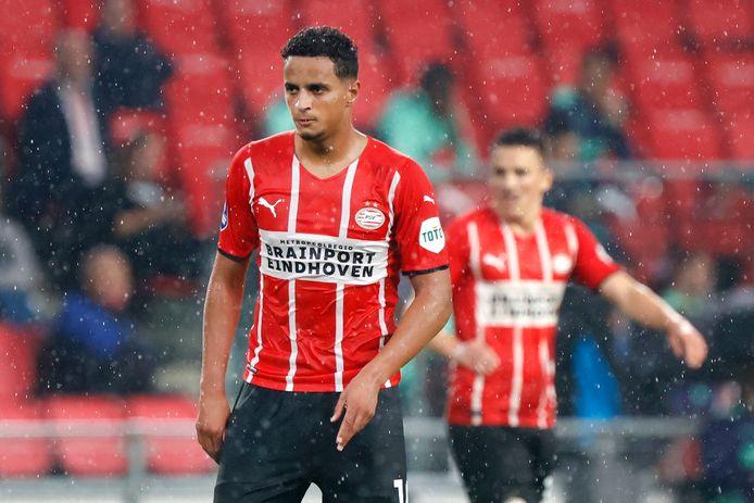 Mohamed Ihattaren wil een transfer maken en traint in afwachting daarvan individueel.