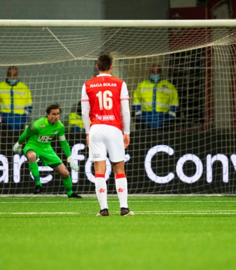 Binnen vijf minuten vergooit FC Eindhoven bij MVV de wedstrijd