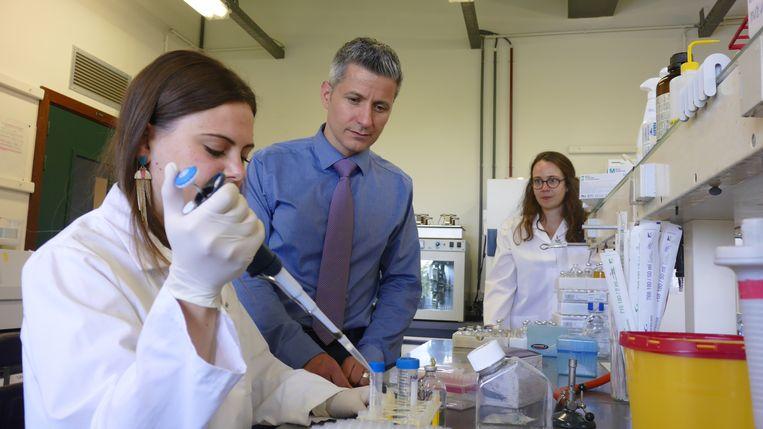 Het UCLouvain-team van professor Patrice Cani deed de ontdekking. Beeld BELGAONTHESPOT