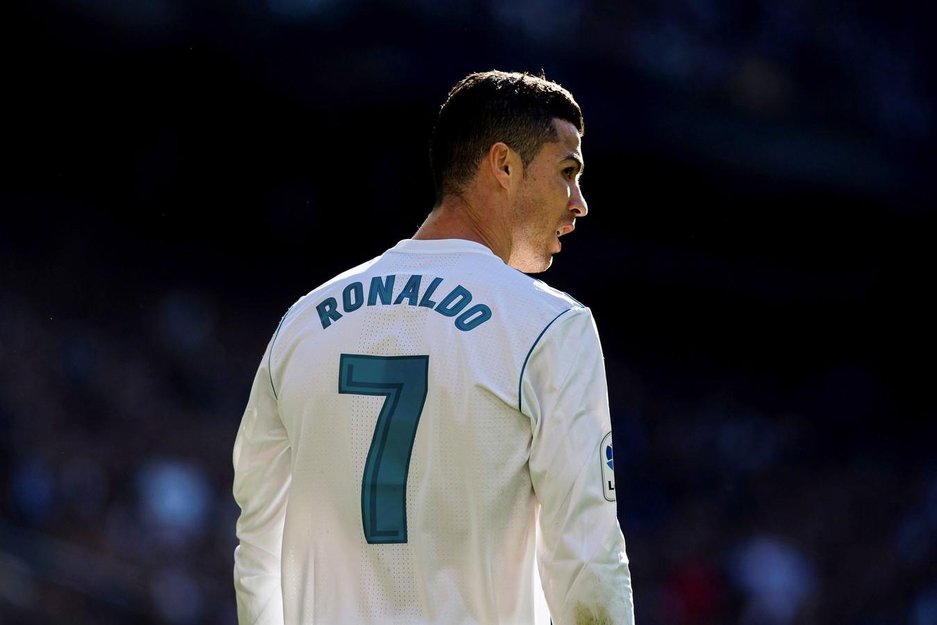 Cristiano Ronaldo krijgt er stevig van langs in de opnames van Real Madrid-voorzitter Florentino Pérez.
