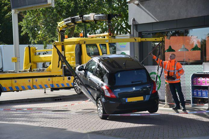 Auto getakeld bij Texaco in Breda