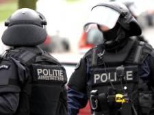Nieuwsoverzicht | Terreurverdachten opgepakt - Buurthuis en bieb zitten met handen in het haar over coronacheck