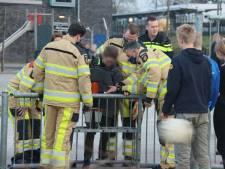 Steenwijkerland verwijdert voetbaldoeltje waarin jongen vastzat met voet