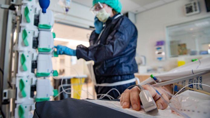Er is een wereldwijde strijd om beademingsapparatuur voor ic-patiënten gaande.