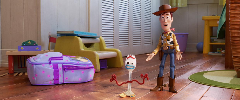 Cowboypop Woody met Toy Story's nieuwe aanwinst Forky