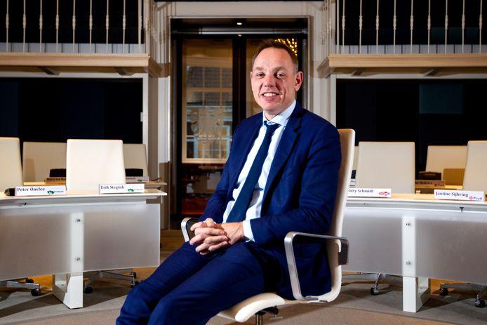 Waarnemend burgemeester Ron König van Deventer heeft namens het college excuses  aangeboden voor het rommelige proces rond de kandidatuur  voor het WK Tijdrijden voor merkenteams.