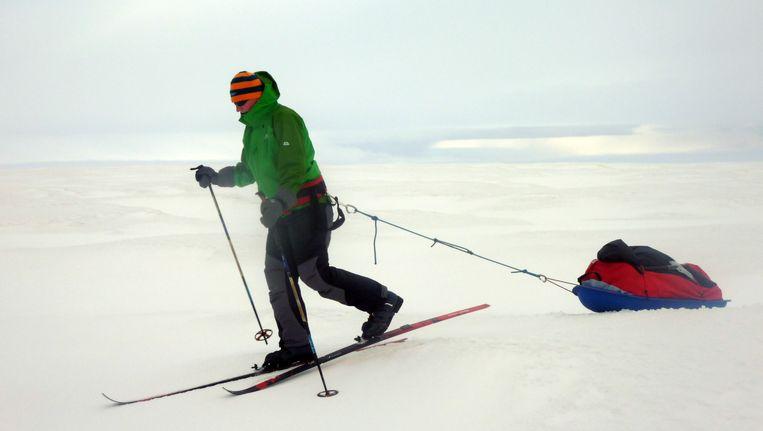 Felicity Aston op training in IJsland, in september 2010. Beeld AP