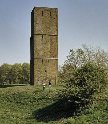 Westvoorne moet meebetalen aan historische vuurtoren op eigen grond