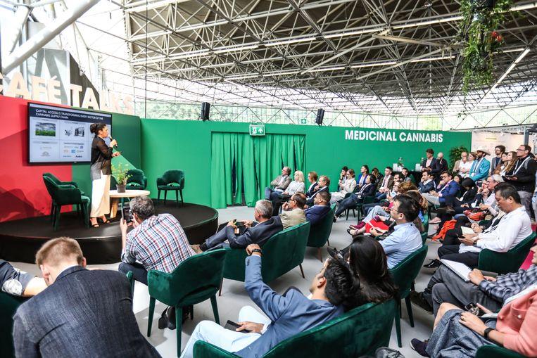 De GreenTech-beurs in de RAI heeft zelfs een afdeling voor wietkwekers. Officieel gaat het alleen om medicinale cannabis. Beeld Eva Plevier