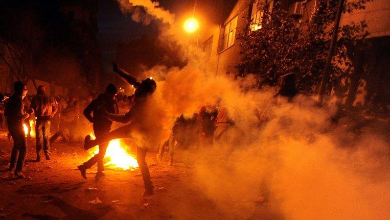 Opnieuw rellen in Caïro, 3 februari 2012 Beeld epa