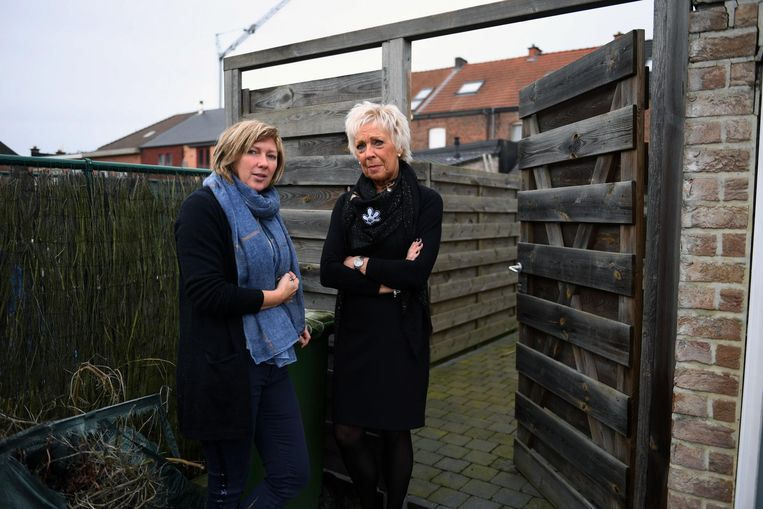 Buurvrouwen Mariska Wouters en Hilde Van Deun kregen allebei inbrekers over de vloer terwijl ze samen waren gaan vieren.