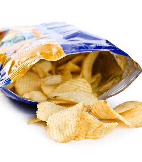 Eetgedrag uitgelegd: waarom moet die chipszak áltijd leeg?