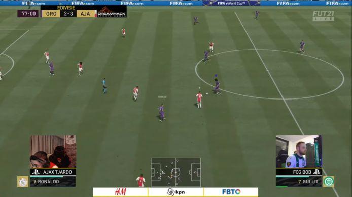 Ajax en FC Groningen delen de punten in de zevende speelronde van de eDivisie. Ajax behoudt de koppositie maar voelt de hete adem van de concurrenten in hun nek.