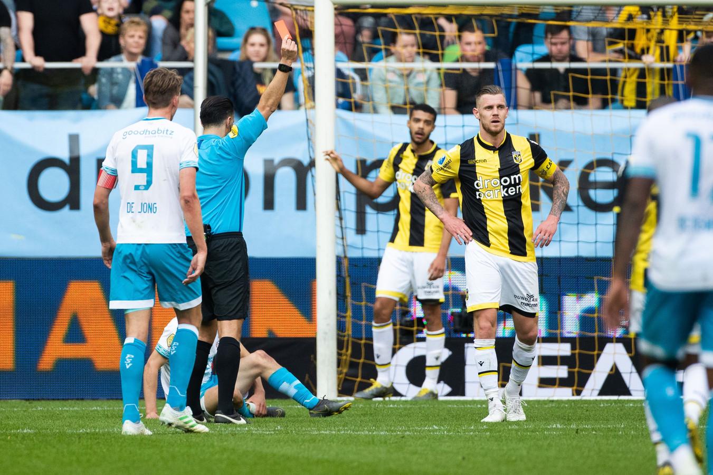 Rood voor Maikel van der Werff tegen PSV.