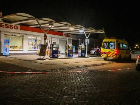 Medewerker mishandeld bij gewapende overval op tankstation Esso in Beek en Donk
