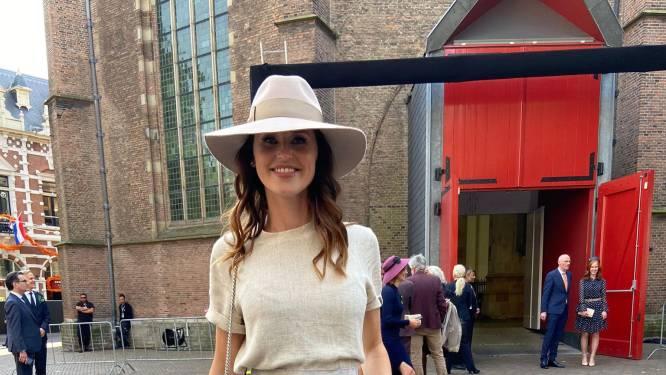 Kamerlid Kiki Hagen straalt in 'derdehands' outfit op Prinsjesdag