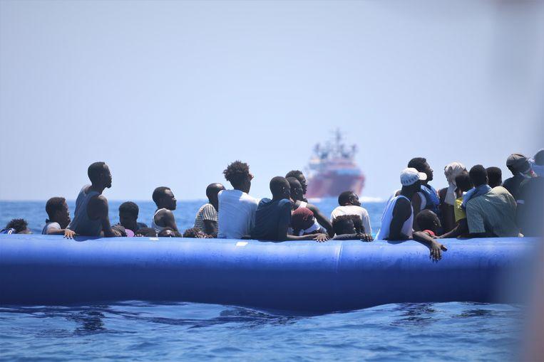 Foto gemaakt door Artsen Zonder Grenzen van een eerdere reddingsoperatie op de Middellandse Zee in augustus 2019. Beeld EPA