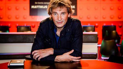 """""""Alweer een BN'er betaald op vakantie"""": harde kritiek op gepland reisprogramma van Matthijs van Nieuwkerk"""