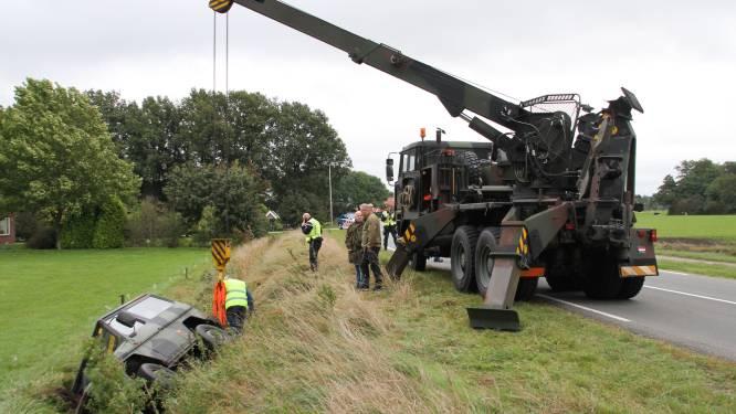 Bij Vriezenveen gecrashte terreinwagen van Defensie kon mogelijk naar buitenlandse overheid