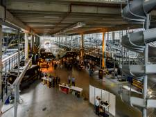 Pakketbezorger UPS schrapt vijftig banen