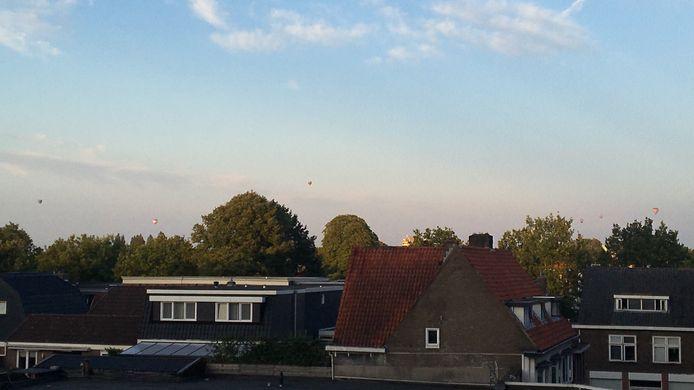 De luchtballonnen waren ook boven Zwolle duidelijk zichtbaar.