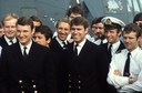 Prince Andrew, midden, met collega's na terugkeer uit de Falklands Oorlog (1982).