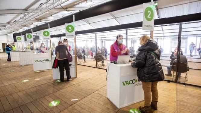 32.700 prikjes gezet tijdens paasvakantie: vaccinatiedorp Spoor Oost draait op volle toeren