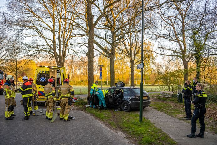 Automobilist pas drie uur na ongeluk aangetroffen.