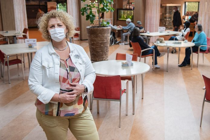 Rita Arts, directeur Waalboog: 'Ik heb er zelf ook eentje uit de vuilniszak gered'.
