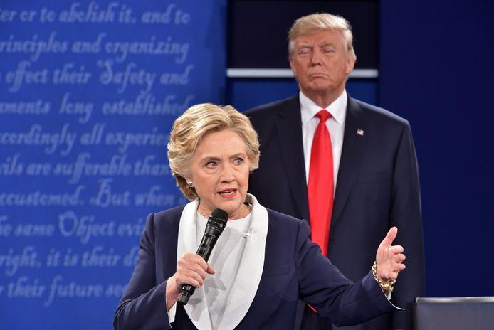 Clinton en Trump in debat tijdens de campagne van 2016.