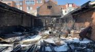 Uitslaande brand legt atelier volledig in de as