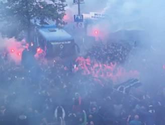 Ongezien in België: de manier waarop fans Club spelersbus ontvangen