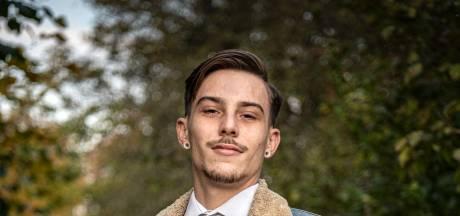 Bjorn (20) redde in onderbroek zijn buurman van brand