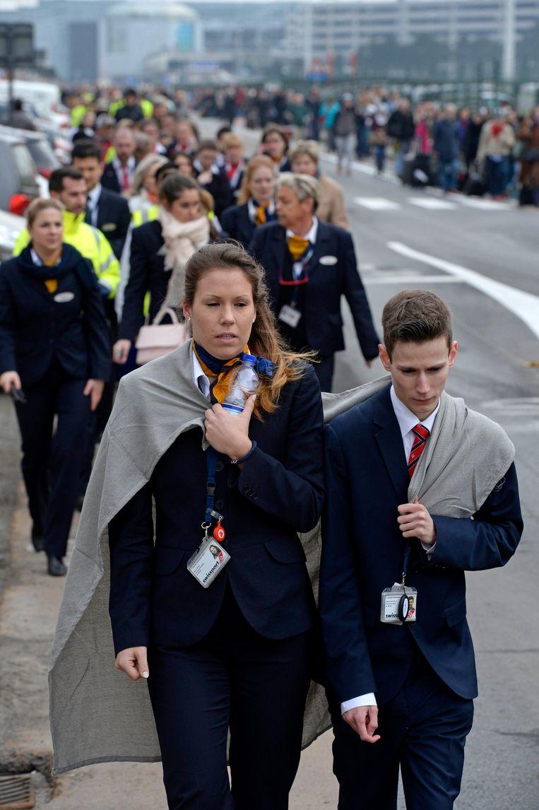 Luchthavenpersoneel, passagiers en hulpverleners na de aanslag in Zaventem. Danielle Iwens: