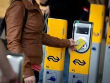 Arnhemse privacy-voorvechter strijdt nu tegen de NS: 'Reiziger wordt onder druk gezet'