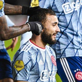 Promes en Labyad vieren goal met 'knipbeurt'