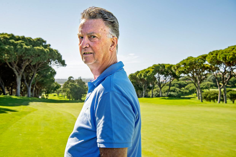 Louis van Gaal in Portugal. Een leven zonder gezeur met spelers of media bevalt hem goed. 'Het is niet allemaal geweldig, trainer zijn. Beeld Guus Dubbelman / de Volkskrant
