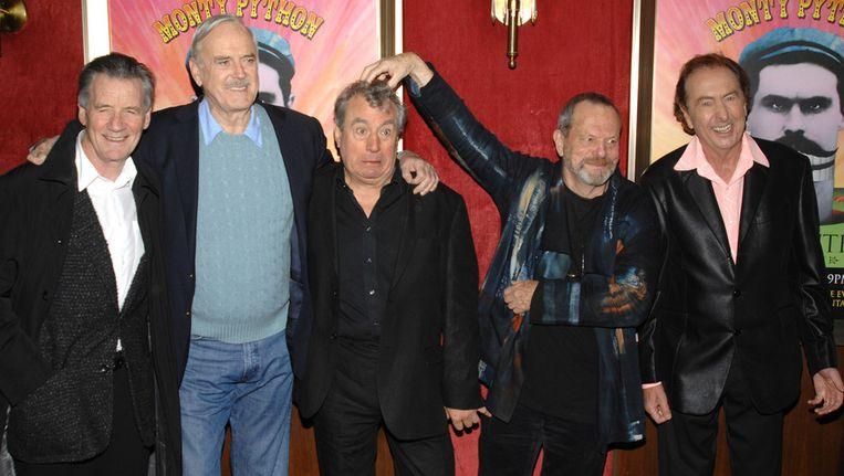 De vijf overblijvende leden van het Monty Python-collectief. Beeld AP
