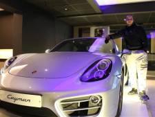 Il croit son horoscope et remporte une Porsche
