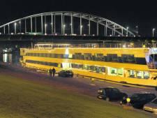 Drempels en verbod moeten racen op Rijnkade voorkomen
