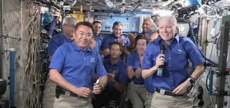 Vier astronauten na halfjaar ISS op terugweg naar huis
