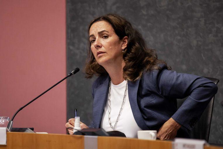 Burgemeester Femke Halsema tijdens het spoeddebat met de Amsterdamse raad over de antiracismedemonstratie op de Dam.  Beeld ANP