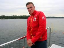 Een zomer als nooit tevoren voor Vughtse strandwachter Dick: 'Veel drukker, maar ook meer respect'