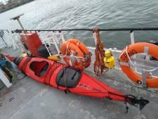 Vluchteling steelt kajak om Noordzee over te roeien, maar wordt al onderschept in Zeebrugse haven
